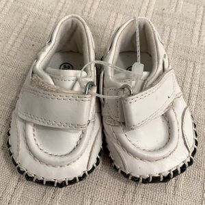 Children's Place, White leather baby shoes